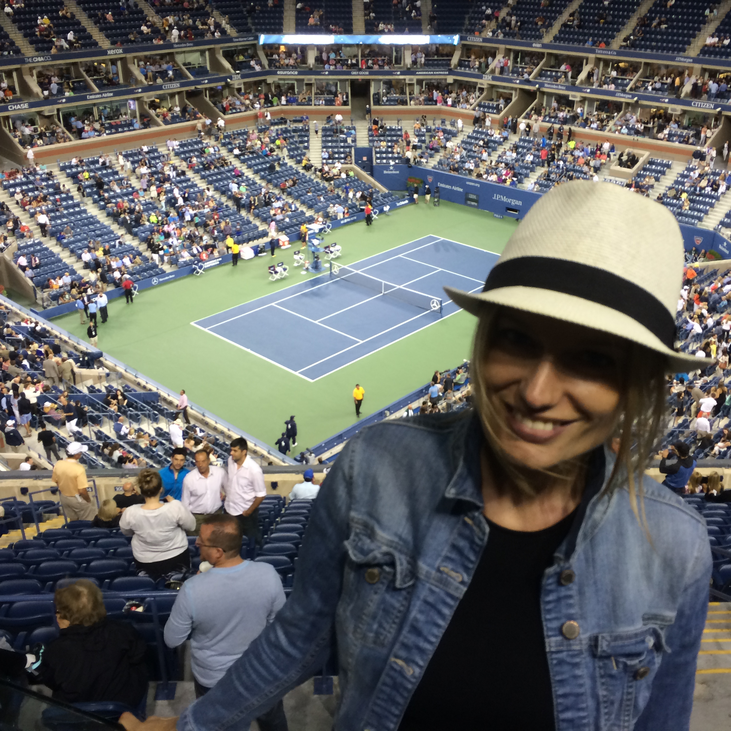 """@ the US Open. Waiting for Roger Federer. That day won ;-)"""
