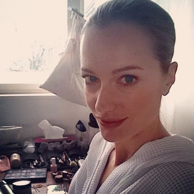 """And after a 'Jetlag sightseeing', time for work. On set in Berlin. #Zeitzumarbeiten"""